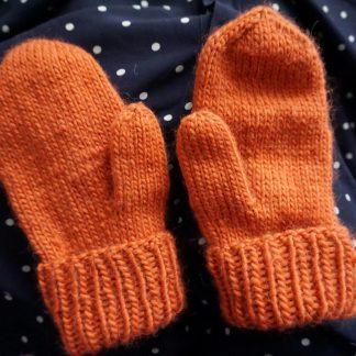 knitting pattern wool mittens