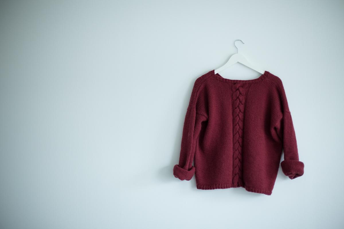 strikke oppskrift genser dame
