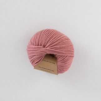 blush colored yarn Hip wool