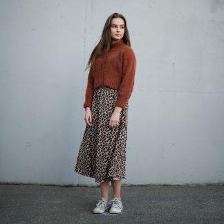 turtleneck sweater women knitting pattern