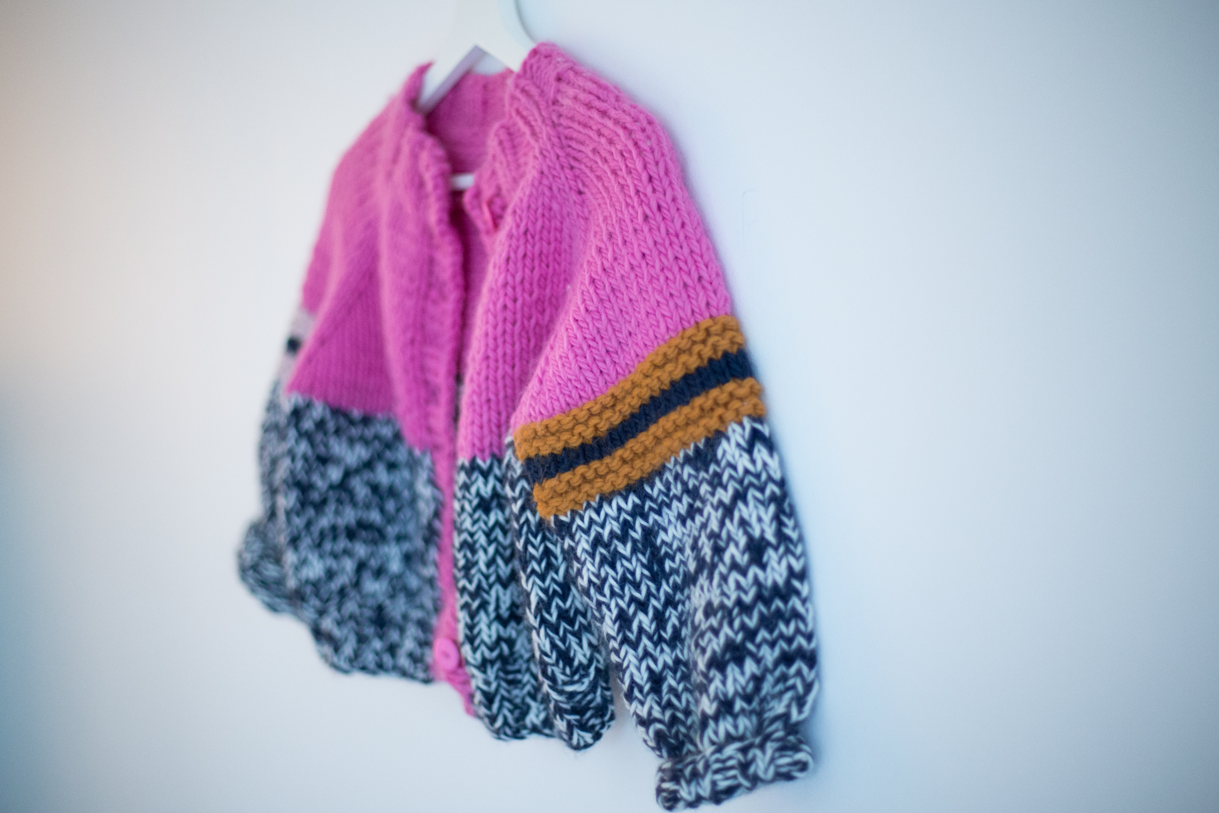 strikkejakke barn oppskrift garnpakke