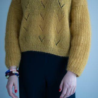 enkel strikkeoppskrift genser dame