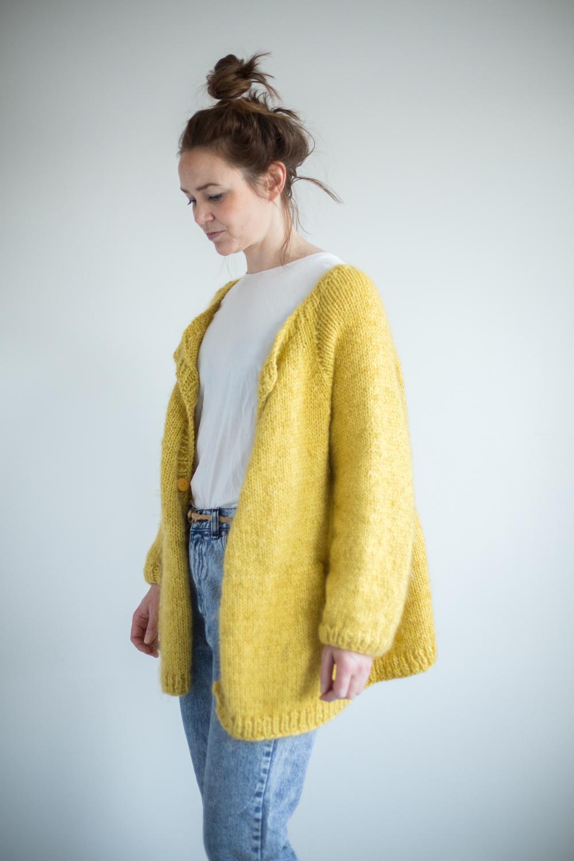 strikkeoppskrift jakke dame lang