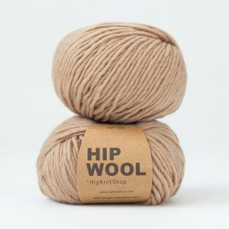 light brown beige yarn