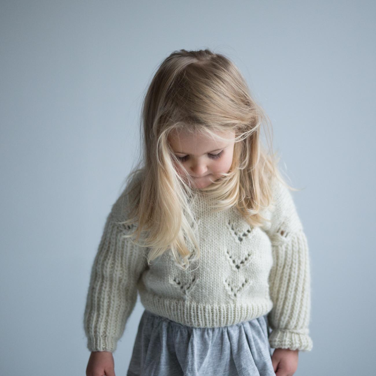 strikkeoppskrift genser jente